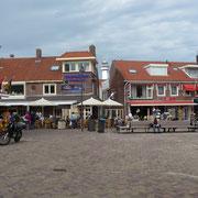 der zentrale Platz in Egmond