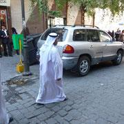 auf dem Weg zur Moschee