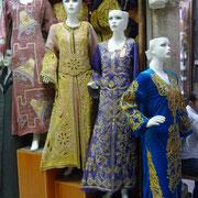 schönes Bekleidungsgeschäft im Suq Hamidiye