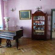 Museum in autentischen alten Häusern | Musikzimmer