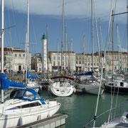 Blick über den Hafen zur Altstadt