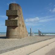Denkmal an der Omaha-Beach ...