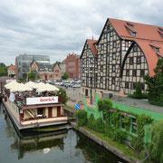 Schiff auf der Brda in Bromberg