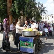 Straßenverkauf vor der Omaijadenmoschee