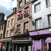 Häuserzeile in der Altstadt mit ...