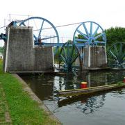 Antrieb mit Wasserkraft | für den Schiffsaufzug