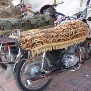 Vom Kamel zum Motorrad | die Decke ist ein Muss