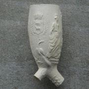 De Godin Juno, patroon van het huwelijk, met aan andere zijde bruidspaar