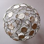 fil de fer, papier, soudure - 14 cm de diamètre