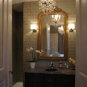 La salle de bains de la chambre JoJo