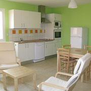 la cuisine du Gite des Tournesols - aux Gites des Camparros à Nailloux