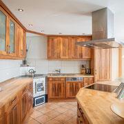 Küche aus Birnbaum & Apfelbaum mit Kern