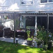 Terrassenüberdachung - Glas und Edelstahl