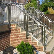 Edelstahl-Treppengeländer Terrassenaufgang