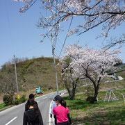 AIU向かいのトレーニングセンターから一つ森公園まで歩きましたー