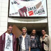 Sommer 2013: Nachwuchsjournalisten vor der SPD-Zentrale