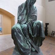 Die Magdeburg in Gedanken verloren..Bronze in der Marienkirche