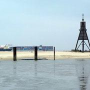 Historisches Seezeichen an der Einfahrt des Elbstromes bei Cuxhaven.