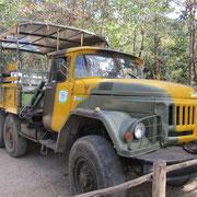 Ural LKW umgebaut als Touristen Transporter
