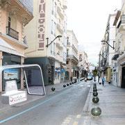 Insertion de l'abris bus dans la rue d'Antibes à Cannes
