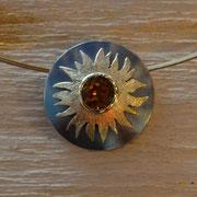 Sonnenanhänger in geschwärztem Silber, 585/- Gelbgold, Citrin