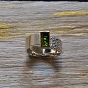 Silberring mit Turmalin in 750er Gelbgoldfassung