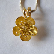 Butterblume in 750/-er Gelbgold