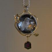 Anhänger aus Silber und 750er Gelbgold, Bergkristall, Diamant und Turmalin