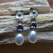 Ohrhänger aus Silber mit Tansanit und Perle