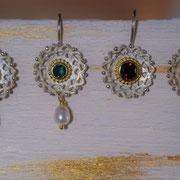 Silberohrhänger mit Goldbelötung hier mit Turmalin oder Granat
