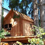 Spielhaus mit Terrasse