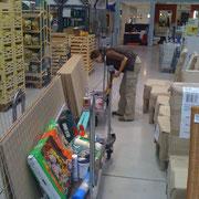 Einkauf beim Baumarkt