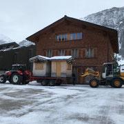 Weihnachtsmarkt Lech aufbauen