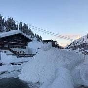 Winter 2019, Schneerampe Postareal