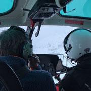 Wege- und Loipen Lawinensicherheit, Sprengarbeiten mit dem Hubschrauber