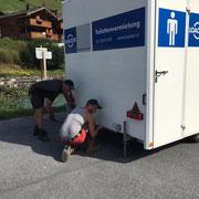 Transvorarlberg Triathlon, WC-Container stellen und anschließen