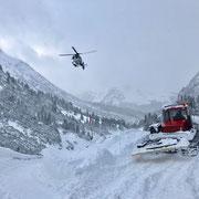 Rampe vorbereiten Winterwanderweg Zürs-Lech, Übergang Galerie