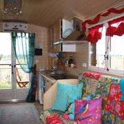 Sofa und Küche