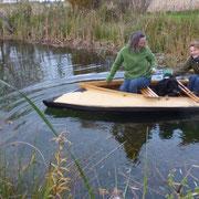 Ein wunderschönes Faltboot wird mir in Zukunft helfen, die Rohrkolben zu jäten
