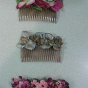 peinas de flores variadas.