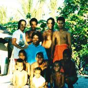 ホームステイ先の大家族 キリバス共和国