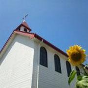 赤い屋根の教会でした