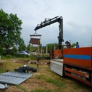 Aufsetzen der Kletterhausdächer