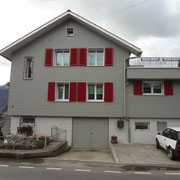 Ansicht zum Haupteingang vom Projekt Peter Vogt im Paradies Holeneich Dani Vogt D. Vogt Holzbau GmbH CH 8855 Wangen SZ