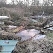 Die Reste des zusammengebrochenen Tierunterstandes wurden von uns abgeräumt und entsorgt.