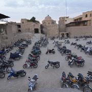 Isfahan, abendlicher Parkplatz