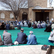 Sachr-e Sabs, kurz vor dem Freitagsgebet in der Sommermoschee