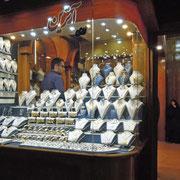 Yazd, im nächtlichen Goldbasar