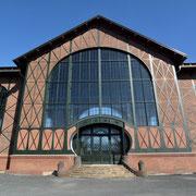 Hauptportal der Maschinenhalle