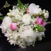 bouquet  15,750~